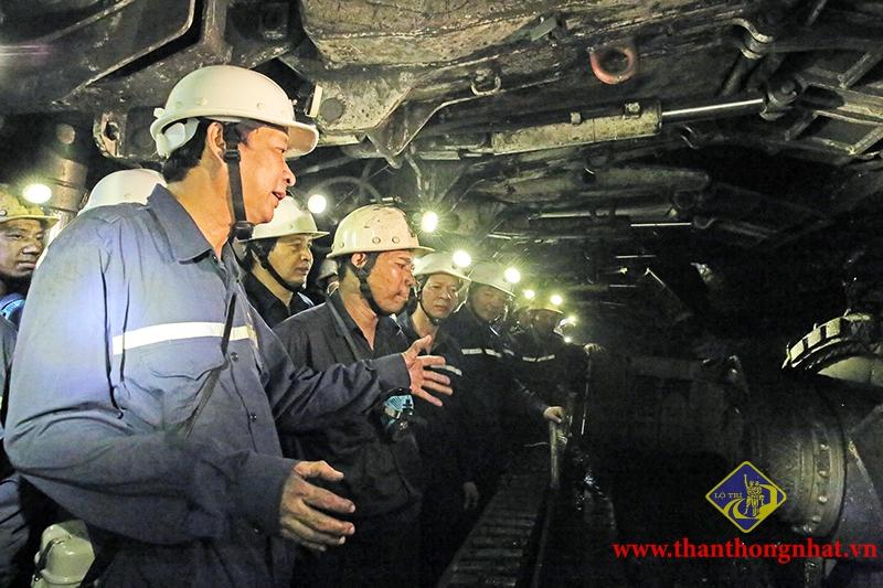 Áp dụng công nghệ Cơ giới hóa khai thác than và chống lò bằng vì neo tại các Công ty khai thác than hầm lò