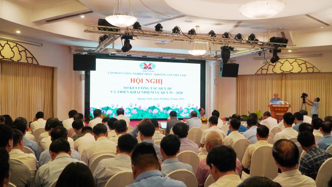 Quang cảnh tại Hội nghị